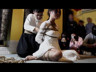 Shibari performance of LiSheng