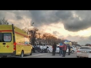 Подробности массовой аварии в Анапе: при столкновении шести автомобилей пострадали три человека