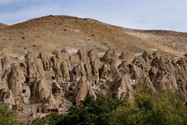 Пещерный город Кандован в Иране