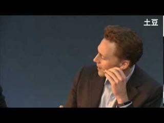 Tom Hiddleston Doing Maths 2.0