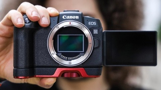 OFFICIAL Canon EOS RP Hands On PHOTO SHOOT a GAME CHANGING 1,299 Full Frame CAMERA