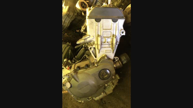 Проверка контрактного двигателя Honda CBR954RR SC50E перед отправкой клиенту