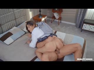 Paige Owens - Door To Door [New Porno 2020 All Sex, Athletic, Caucasian, Brunette, Cum Shot, Facial, Handjob, Rimjob, Anal Play]