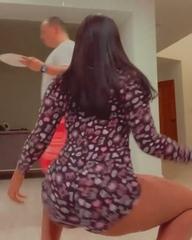 Megan Thee Stallion new Twerking move