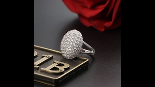 Кольцо женское из серебра с фианитом, с гравировкой
