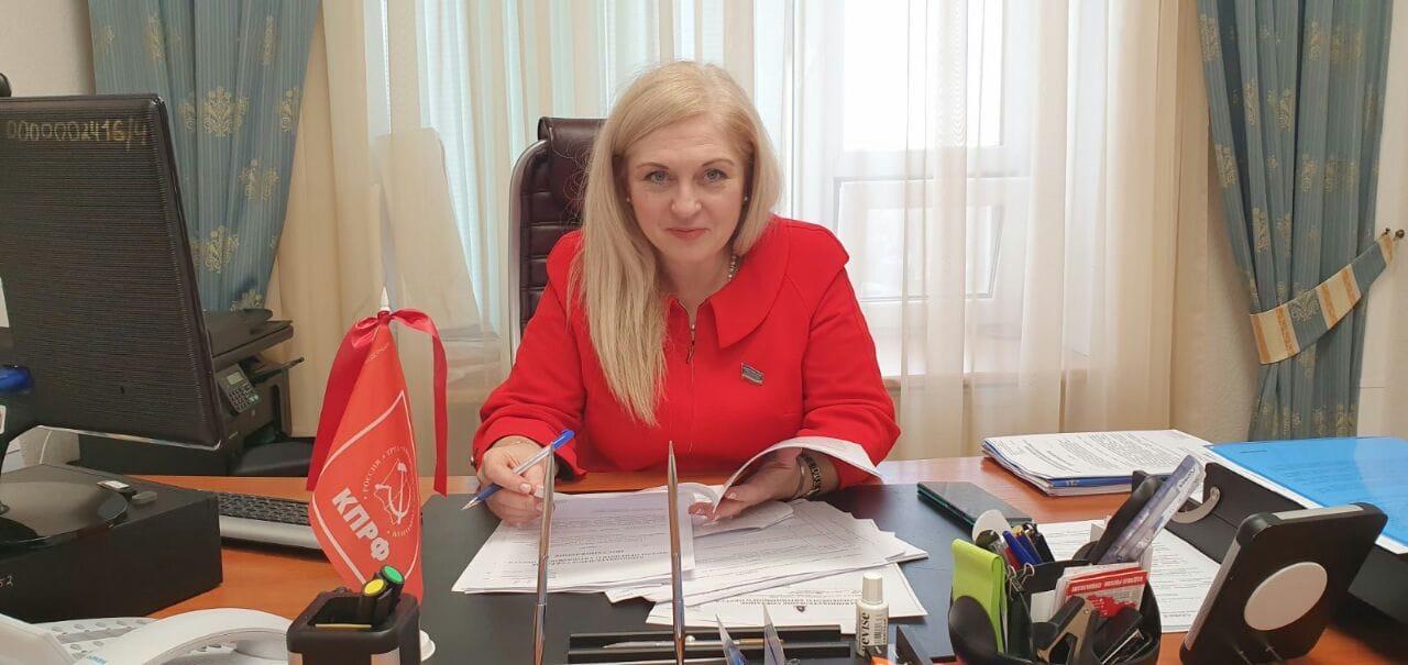 Елена Кукушкина: «Общественная палата ЯНАО не ставит перед собой цели развития гражданского общества»