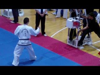 Европа-2009, Испания. Силовое разбивание. Incze Szilard - Румыния - чемпион Европы.