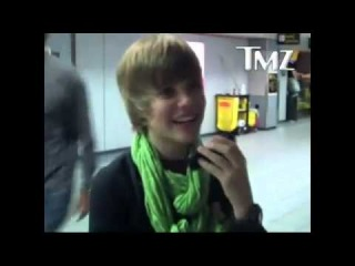 Kidrauhl - Justin Bieber and Scooter Braun Arguing Over a Toy Helicopter