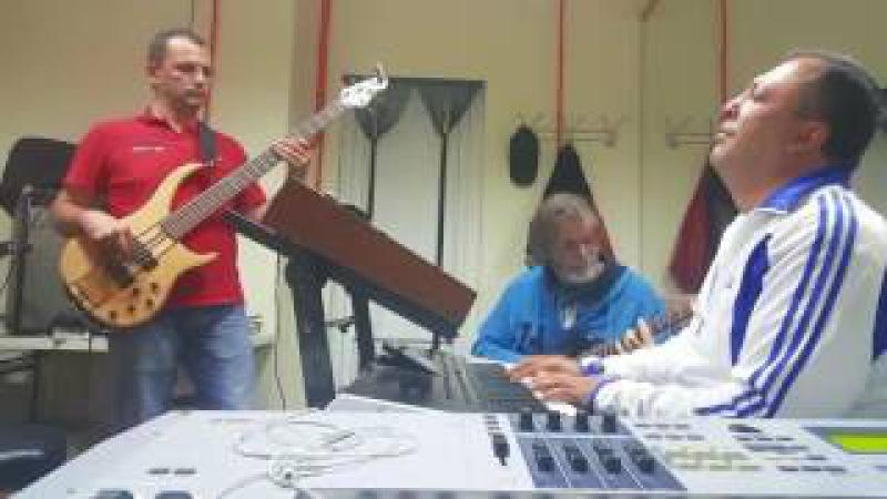 SochiBand Varuj Bala cover репетиция тестируем клавиатуру Korg PA4X для сольных партий