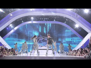 Justin Bieber - Boyfriend / As Long As You Love Me (Feat Big Sean) (Live 2012 Teen Choice Awards)