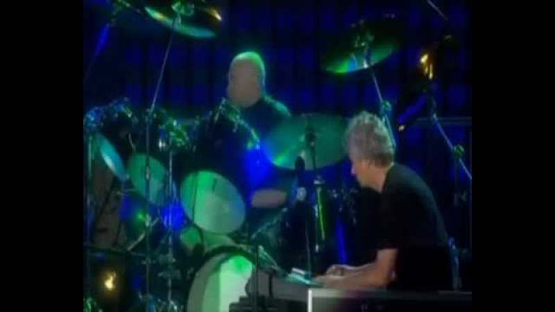 Genesis Home by the Sea / Second Home by the Sea (When In Rome 2007)