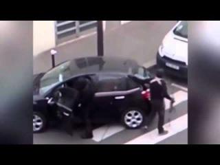 Strage Charlie Hebdo, c'è un nuovo video dell'attacco