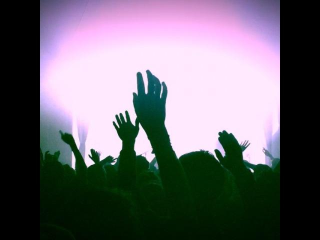 "Isabelle Ithurburu on Instagram Hier soir dans les étoiles ce soir sur la scène du @legrandjournal 🎶👌🏼 @jainmusic AboutLastNight Makeba"""