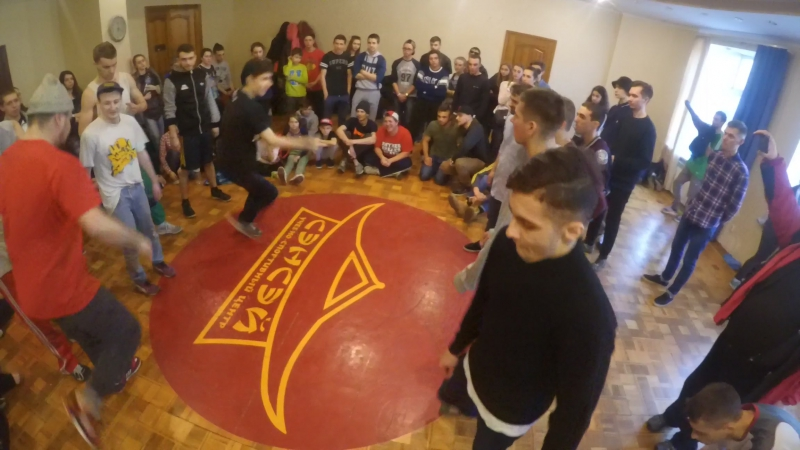 Raw Generation vs PowerDance Breaking School