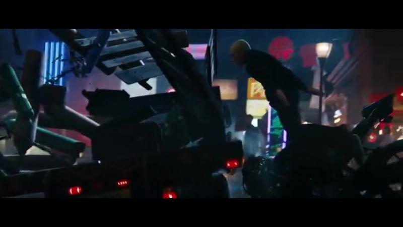 EMINEM PHENOMENAL OFFICIAL VIDEO MUSIC BAU'K W W E R T Y U I O P A S D F G H J K L Z X C V B N M