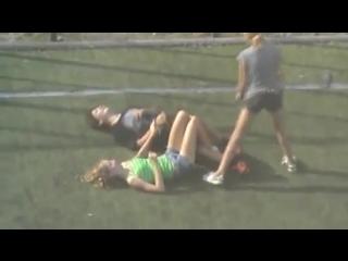 Russian video hidden camera hooligans funny fight fighting tussle girl girls guys hair funnily joke