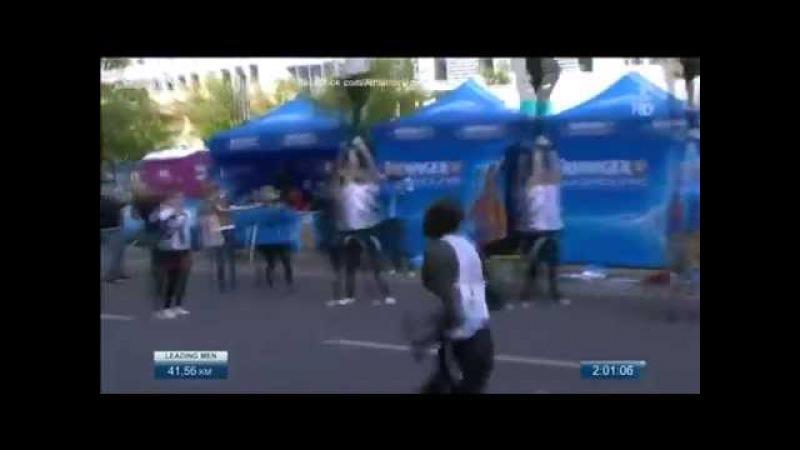 Dennis Kimetto 2 02 57 @ Berlin Marathon 2014