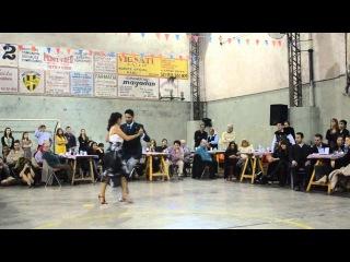 Christian y Virginia Los Totis bailan vals Sueo Florido - Juan D'Arienzo