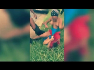 Hood fights_girl gets beat up for talking shit
