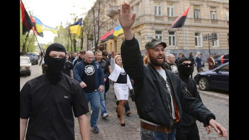 Расистский шабаш в центре Киева Кафе Линас в здании Беcсарабского рынка 21 мая