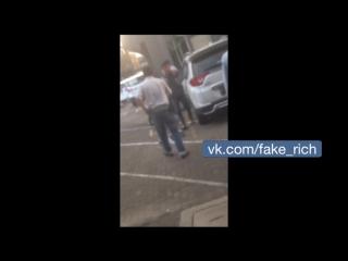 В турции проституток из россии выбросили из окна борделя, обе разбились на смерть. удар в спину!