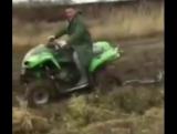 ЛАЙФАК! Как не нужно вытаскивать авто из грязи