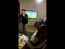 Обычная семья болельщиков Галатасарая смотрит дерби с Фенербахче, а игрок их команды промахивается со штрафного на 94 минуте