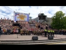 Екатеринбуржцы провели парад дружбы народов и хоровой флешмоб