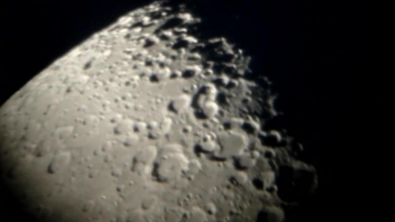 Kann man Mondfahrzeuge durch ein Teleskop beobachten