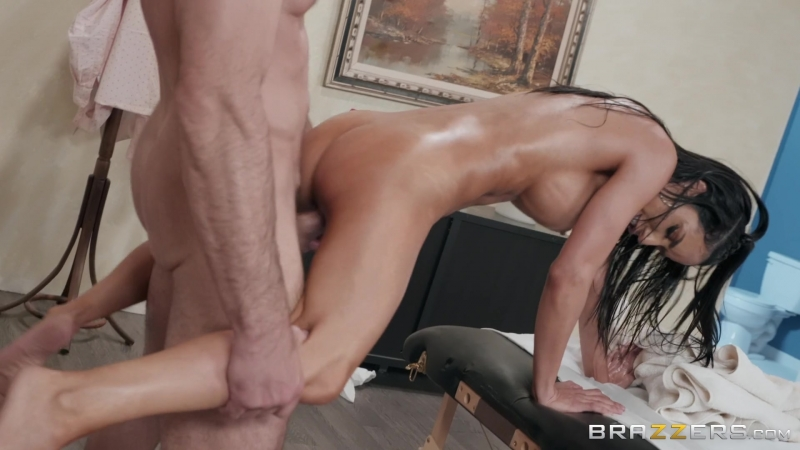 Shady Spa Shakedown: Tia Cyrus Charles Dera by Brazzers Full HD 1080p, Oil, Porno, Sex, Секс,