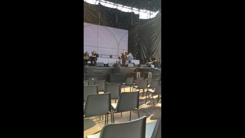 Umberto Tozzi and Fausto Leali soundcheck on Verona di Arena
