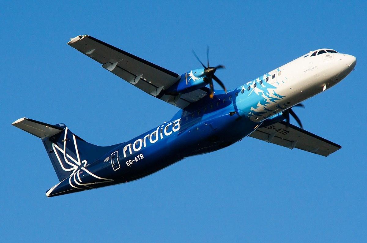 Лайнер авиакомпании Nordica в полете