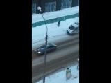Жительница Сыктывкара сняла видео, как полиция разрисовывает заборы надписью ПУТИН. No comments!