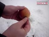 Яблоко взорвали Корсаром 3