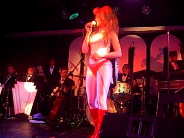 Imelda May - Life On Mars - Candy Box Burlesque
