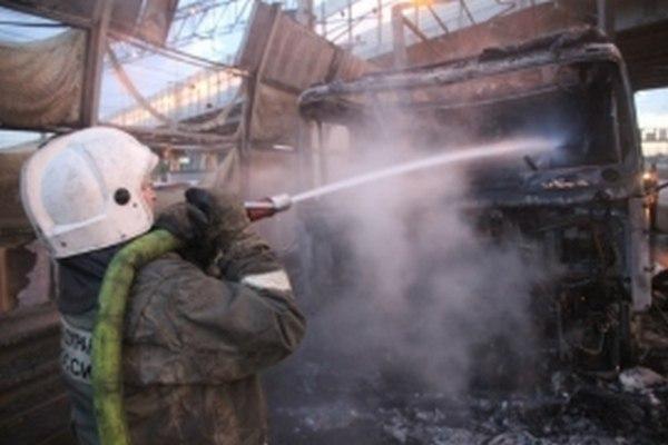 Дальнобойщик из Курска пострадал при взрыве газового баллона