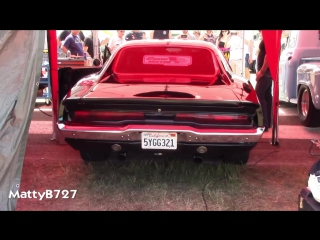 Fast And Furious 1970 Dodge Charger RT - Drag Race!