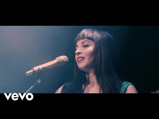 Mon Laferte - Amárrame/Pa´Dónde Se Fue (En Vivo)