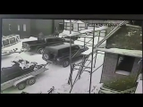 Как правильно загонять снегоход в кузов пикапа 😁