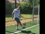 Кокорин работает с мячом