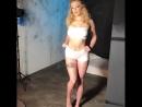 Giselle Palmer позирует на фотосессии, звезда порно модель