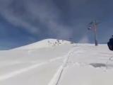 В Грузии на горнолыжном курорте Гудаури сломался подъемник из-за чего были травмированы по меньшей мере десять человек..