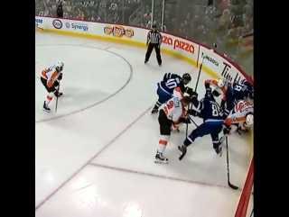 💀🗡👣👣gudas tossed after cracking down on perreault's head with stick‼️ 16.11.2017.
