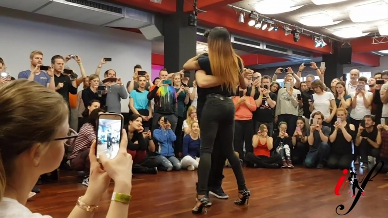 Isabelle and Felicien Johnny Ramos ft Dji Tafinha and DJ Palhas Jr Ta bom Kizomba