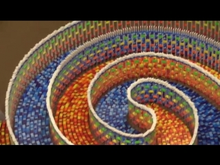 The amazing triple spiral (15,000 dominoes).mp4