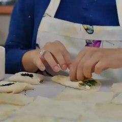 Demet zdemirFurkan Palal on Instagram: Onur'una yemekler hazrlayan Lale
