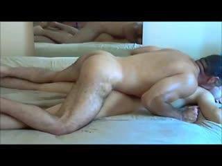 Качок насилует худого парня[групповуха, минет, отсосал, gag, deep throat, гей порно, ёбля, проёб, gay porn]
