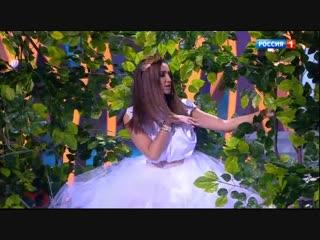 Ольга Бузова и Евгений Петросян (Новогодний Голубой Огонёк - 2019)