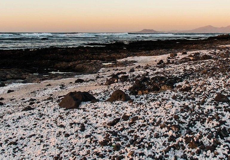 Невероятный пляж Попкорн-Бич (Испания)