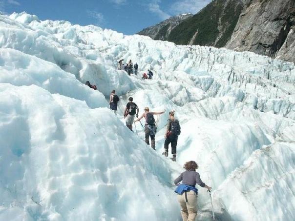 Ледник Франца-Иосифа   расположен на территории Национального парка Вестленд на западе Южного острова Новой Зеландии в регионе Уэст-Кост